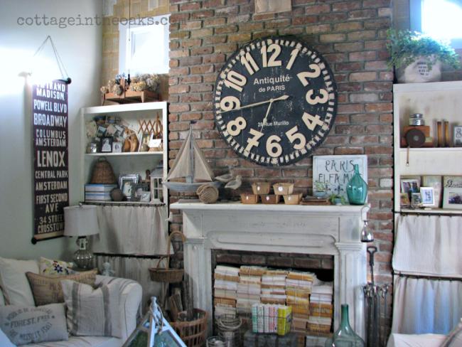 Cottage Living Room ::: Cottage in the Oaks