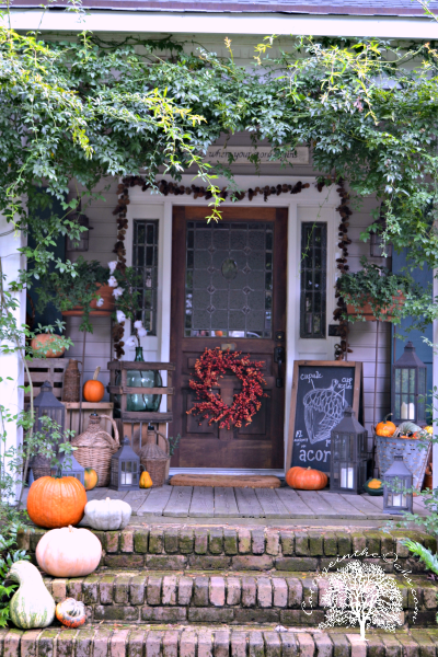 Autumn/Fall front porch_Cottage in the Oaks