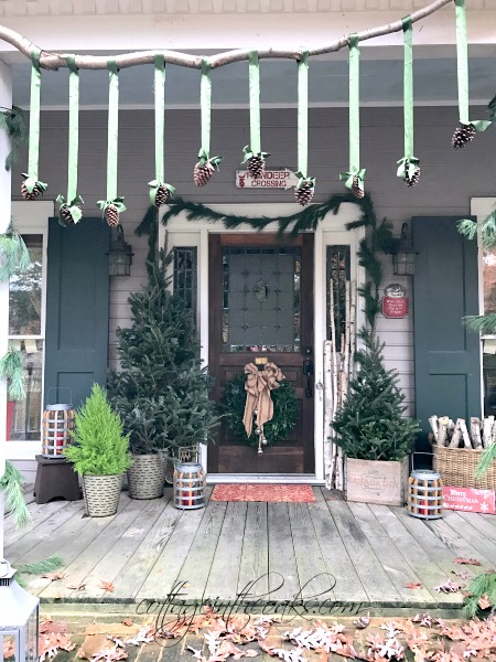 Cottage Christmas Front Porch