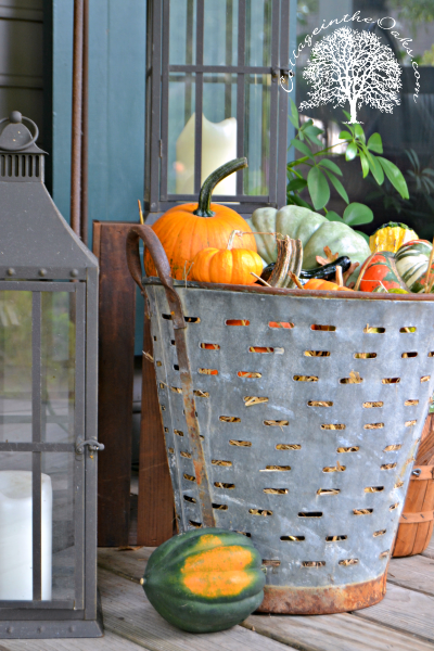Cottage in the Oaks' Autumn Front Porch Decor